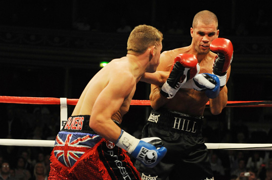 Billy Joe Saunders v Tony Hill